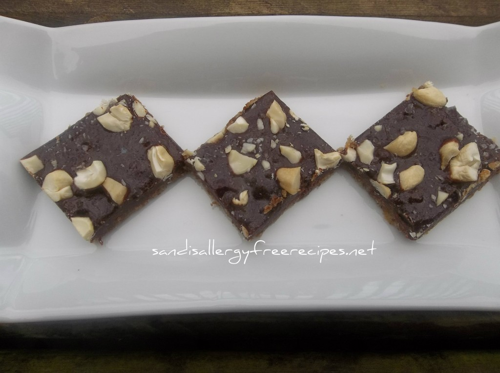Salted Cashew Chewy Bars 2